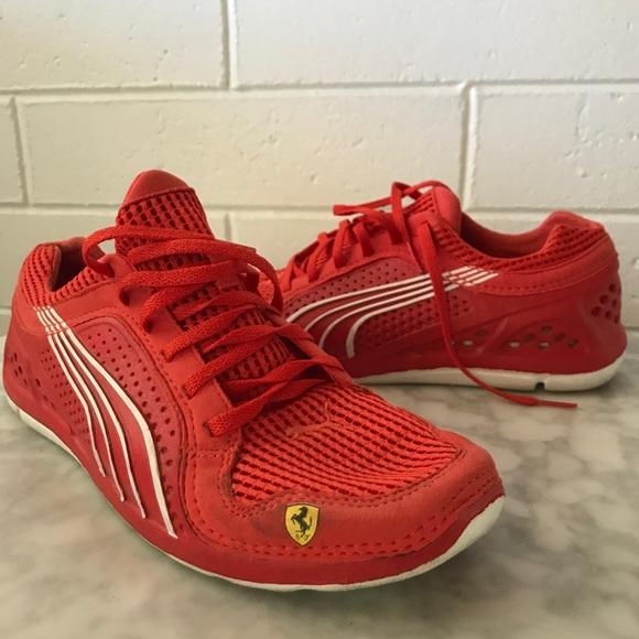 c9ebf2e0a3c6 PUMA Ferrari Edition Men s Sneakers. M 5a9ada8e50687cd4f3360424